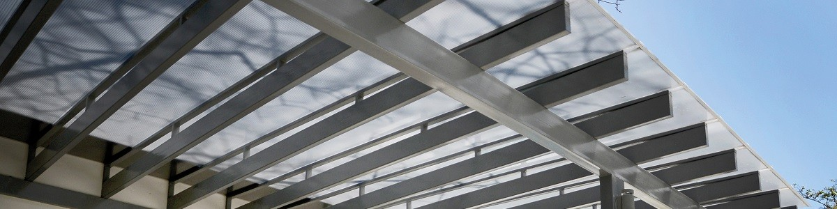 Assemble A Roof Using Multiwall Polycarbonate Sheet